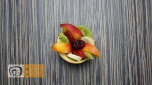 Gyümölcskehely almavirággal recept, gyümölcskehely almavirággal elkészítése 3. lépés