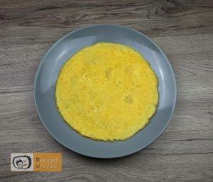 Csiga tojástekercsből recept, csiga tojástekercsből elkészítése 2. lépés