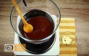 Étcsokoládés menta palánta recept elkészítése 2. lépés
