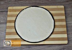 Pizza koszorú recept, pizza koszorú elkészítése 1. lépés