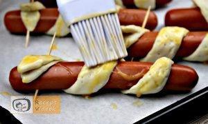 Hotdog kígyócskák recept, hotdog kígyócskák elkészítése 9. lépés