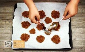 Mogyoróvajas keksz recept, mogyoróvajas keksz elkészítése 2. lépés