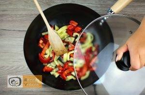 Zöldséges penne recept, zöldséges penne elkészítése 2. lépés