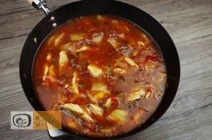 Kínai édes-savanyú csirke recept elkészítése 4. lépés
