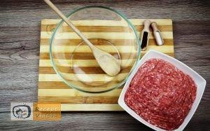 Sajttal töltött húsgolyó recept, sajttal töltött húsgolyó elkészítése 1. lépés