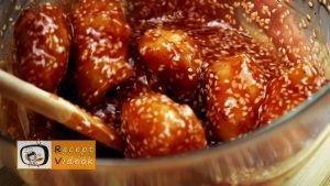 Egyszerű mézes szezámmagos csirke recept lépés 4
