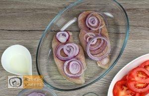 Mozzarellás paradicsomos csirke recept elkészítése 7. lépés