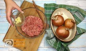 Hússal töltött hagymakarikák recept, hússal töltött hagymakarikák elkészítése 1. lépés