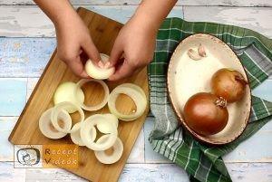Hússal töltött hagymakarikák recept, hússal töltött hagymakarikák elkészítése 3. lépés