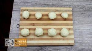 Szilvás gombóc recept, szilvás gombóc elkészítése 8. lépés