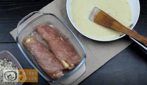 Töltött csirkemell mustáros besamel mártással - Csirkemell receptek elkészítése 6. lépés