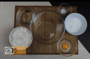 egyszerű palacsinta recept elkészítése 1. lépés