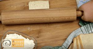 Sonkás-sajtos rudacskák recept, sonkás-sajtos rudacskák elkészítése 2. lépés