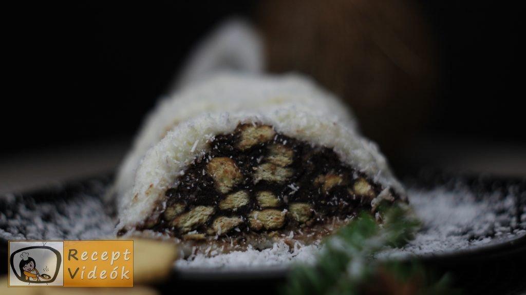 Kókuszbundás kekszszalámi recept, kókuszbundás kekszszalámi elkészítése - Recept Videók