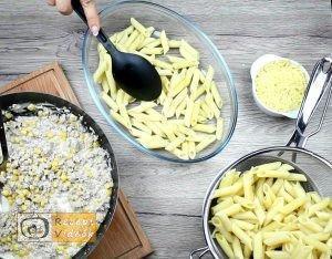 Tejszínes-kukoricás penne recept, tejszínes-kukoricás penne elkészítése 3. lépés
