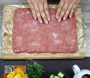 Húsos-makaróni tekercs recept, húsos-makaróni tekercs elkészítése 1. lépés
