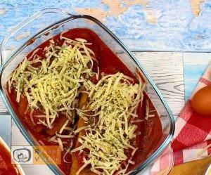 Sajttal töltött paradicsomos csirkemell - Csirkemell receptek elkészítése 6. lépés