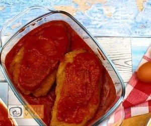 Sajttal töltött paradicsomos csirkemell - Csirkemell receptek elkészítése 5. lépés