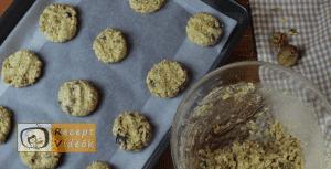 Csokis-zabpelyhes keksz recept, csokis-zabpelyhes keksz elkészítése 7. lépés