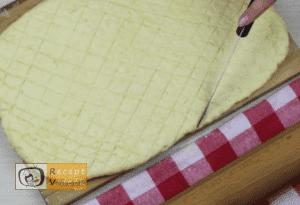 Sajtos pogácsa recept, sajtos pogácsa elkészítése 7. lépés