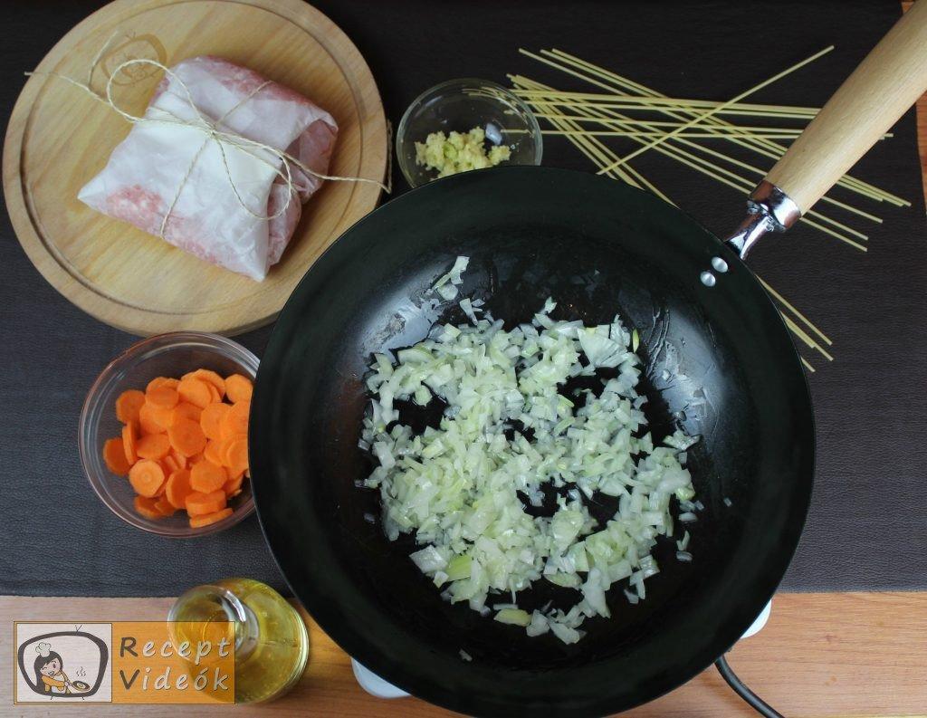 Bolognai spagetti recept, bolognai spagetti elkészítése 1. lépés