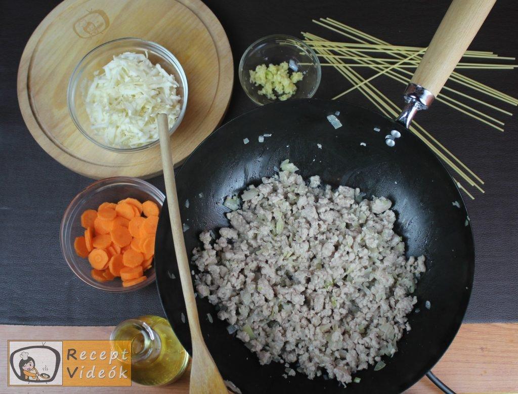 Bolognai spagetti recept, bolognai spagetti elkészítése 2. lépés