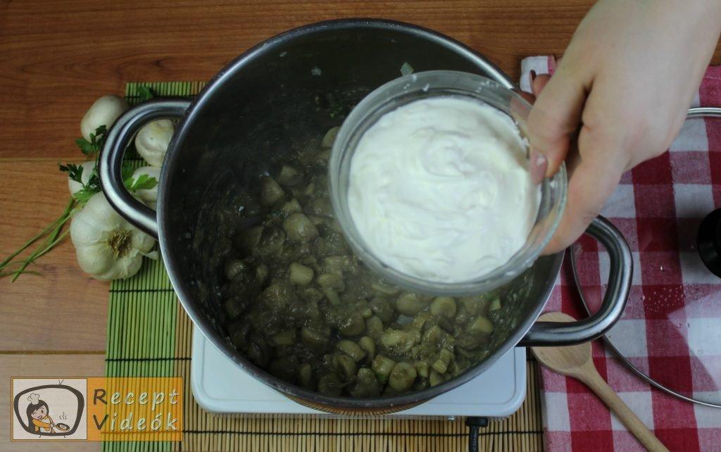 Tejfölös gombapörkölt recept, tejfölös gombapörkölt elkészítése 8. lépés