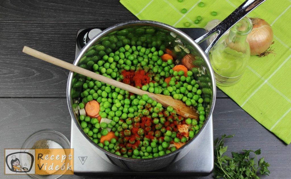 Zöldborsóleves csipetkével recept elkészítése 3. lépés