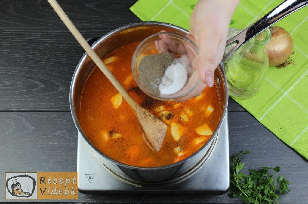 Zöldborsóleves csipetkével recept elkészítése 6. lépés