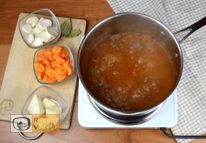 Gulyásleves recept, gulyásleves elkészítése 5. lépés