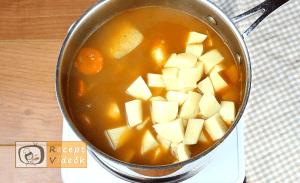 Gulyásleves recept, gulyásleves elkészítése 6. lépés