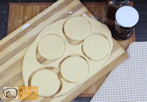 sütőben sült fánk recept, sütőben sült fánk elkészítése 4. lépés