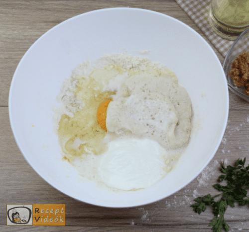 Tepertős pogácsa recept, tepertős pogácsa elkészítése 3. lépés