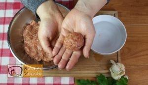 Paradicsomos húsgombóc recept, paradicsomos húsgombóc elkészítése 3. lépés