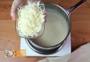 Fokhagymás gnocchi sajtmártással recept, fokhagymás gnocchi sajtmártással elkészítése 10. lépés