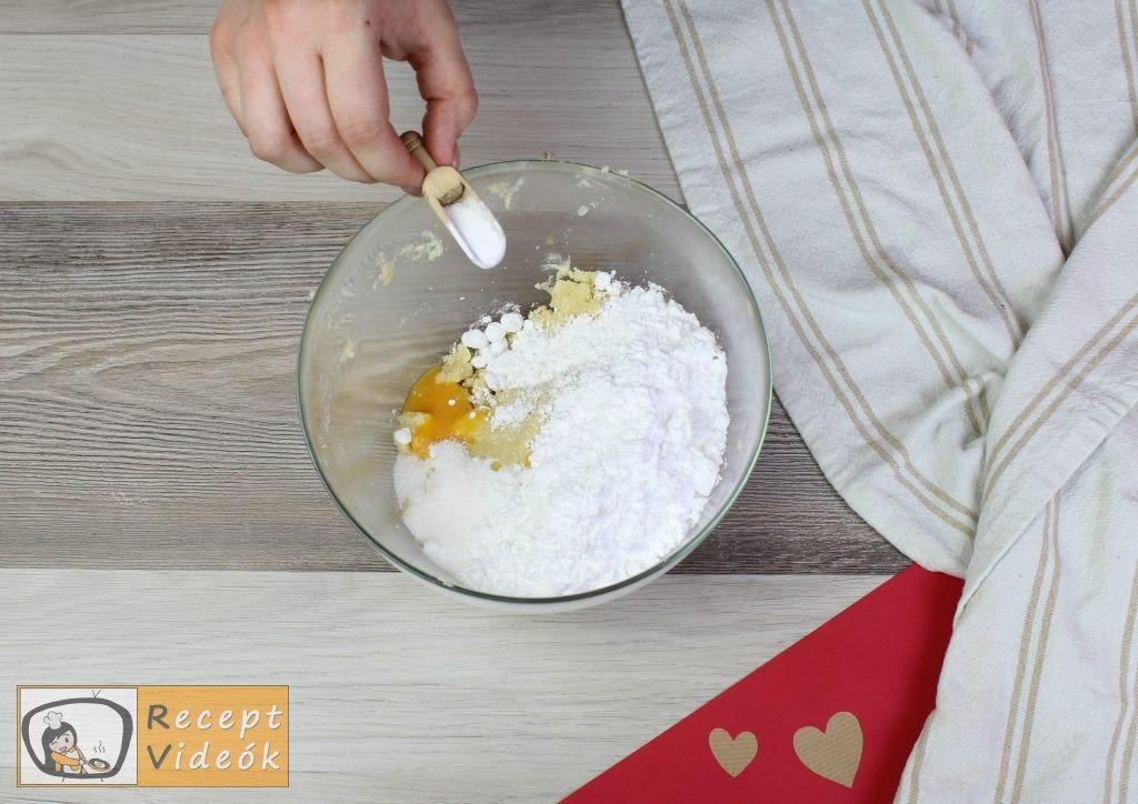 Valentin napi kreatív étel - Valentin napi reggeli elkészítése 4. lépés