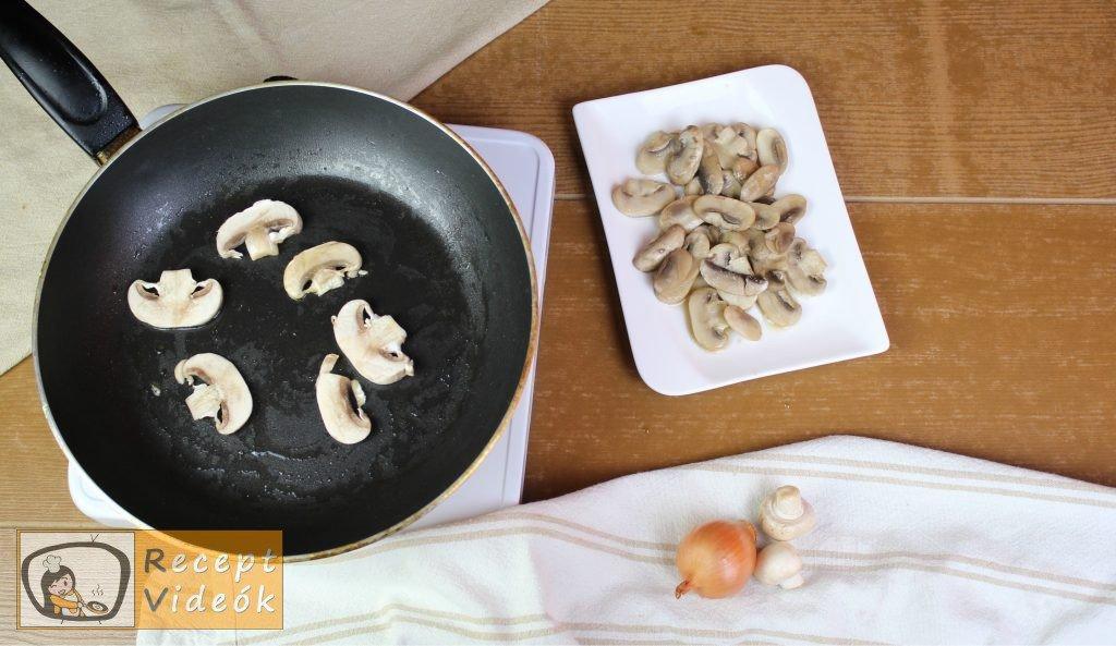 Gombakrémleves recept, gombakrémleves elkészítése 5. lépés