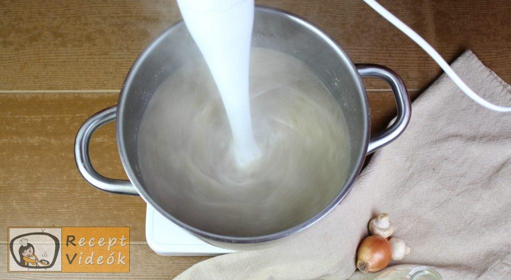Gombakrémleves recept, gombakrémleves elkészítése 6. lépés