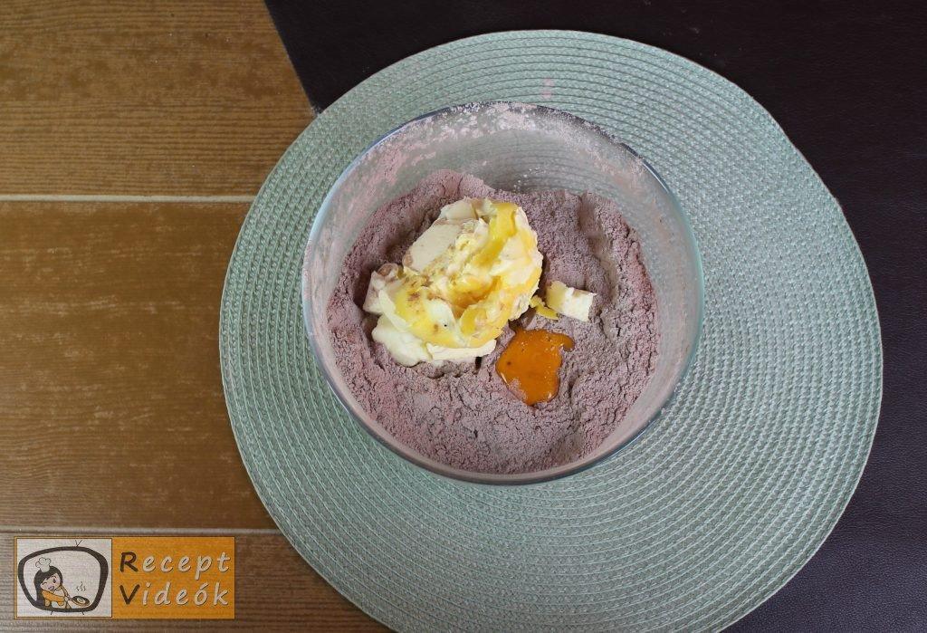 Reszelt túrós süti recept, reszelt túrós süti elkészítése 2. lépés