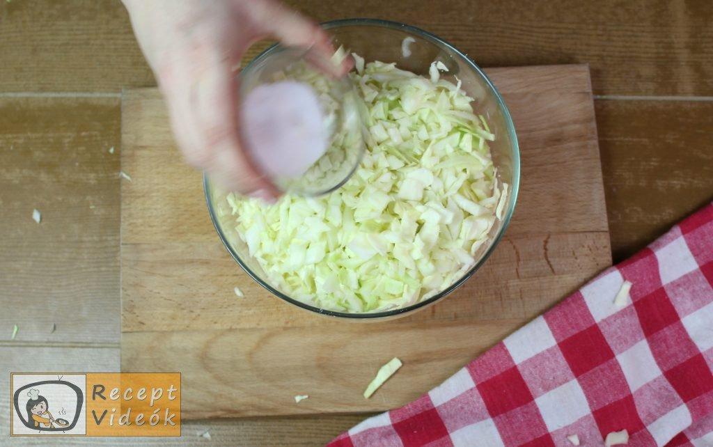 Egyszerű káposztás tészta recept, egyszerű káposztás tészta elkészítése 2. lépés