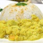 Csirkemell receptek: Csirkemell tejfölös-currys szószban - Recept Videók