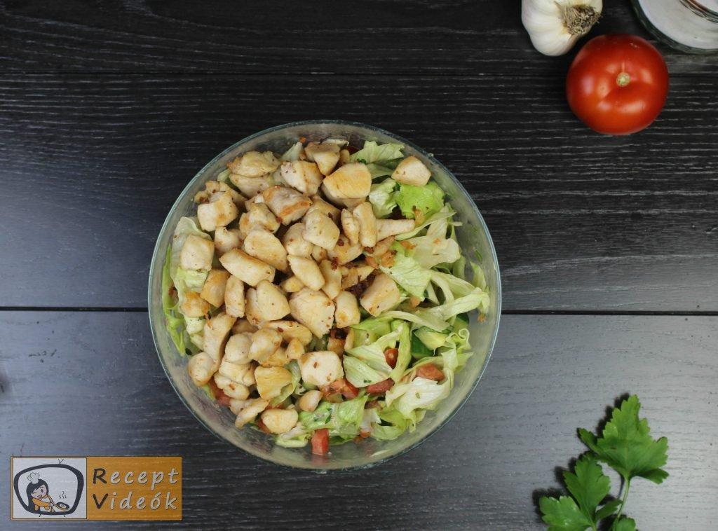 Cézár saláta recept, cézár saláta elkészítése 4. lépés