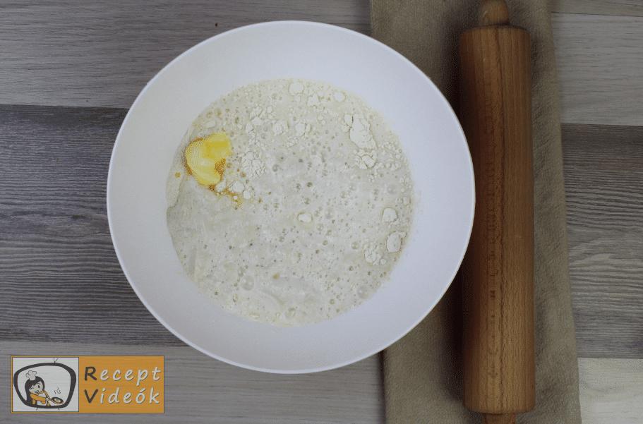 Házi kifli recept, házi kifli elkészítése 1. lépés