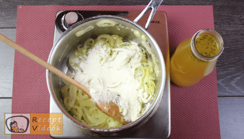 Francia hagymaleves recept, francia hagymaleves elkészítése 3. lépés