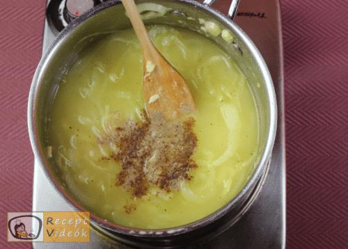 Francia hagymaleves recept, francia hagymaleves elkészítése 5. lépés