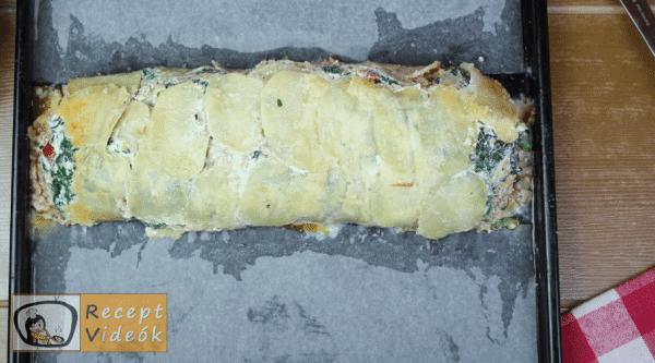 sajtbundás töltött krumplitekercs recept elkészítése 12. lépés