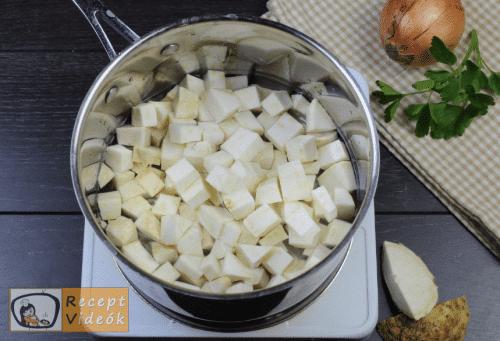 Zellerkrémleves recept, zellerkrémleves elkészítése 1. lépés