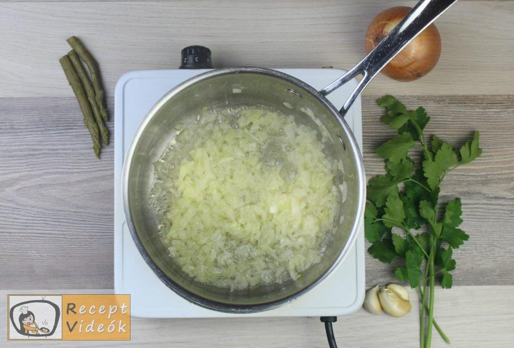 Spárgakrémleves recept, spárgakrémleves elkészítése 1. lépés