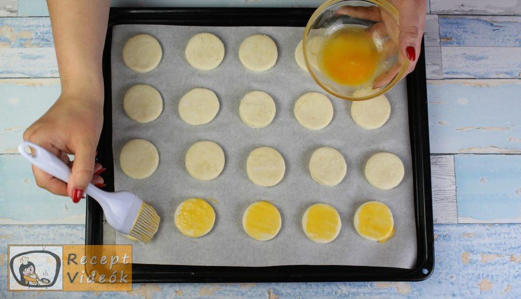 Juhtúrós pogácsa recept, juhtúrós pogácsa elkészítése 4. lépés