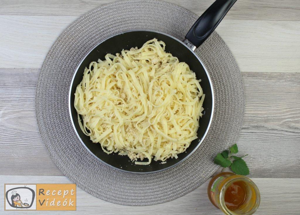 Grízes tészta recept, grízes tészta elkészítése 3. lépés